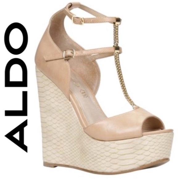 e83f2fcd4d94 NIB  ALDO GOLD CHAIN T-STRAP WEDGE (7.5)